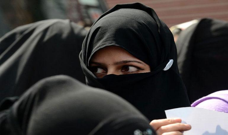 ผลโพลล์ชี้ สาวมุสลิมอินเดีย ไม่เห็นด้วยกับกฎหมายอิสลามในปัจจุบัน