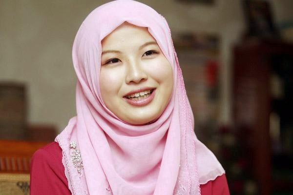 มุสลิมใหม่จากสาวญี่ปุ่น ทุกครั้งที่เธออ่านอัลกุรอานไม่สามารถหยุดร้องไห้ได้เลย