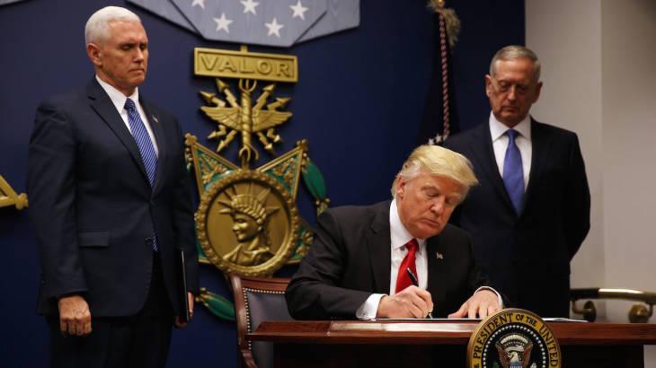 'ทรัมป์' ลุย! ลงนามคำสั่งแบนชาติมุสลิมฉบับแก้ไข ลดเหลือ 6 ประเทศ