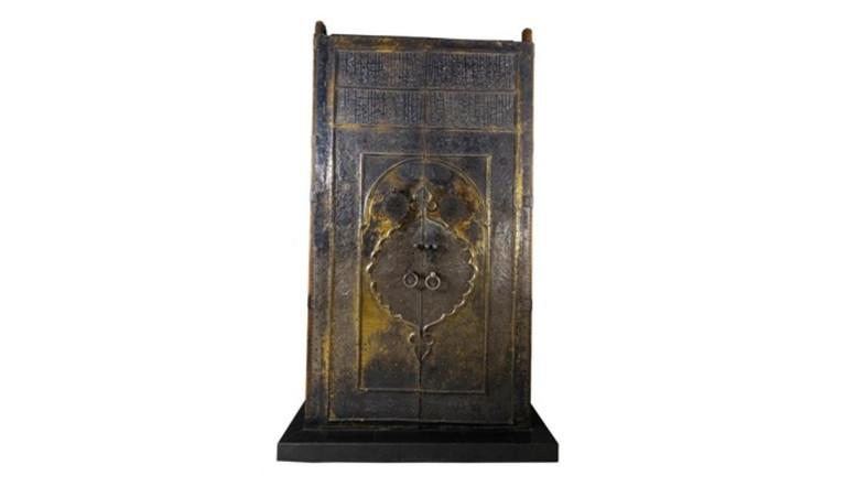 เรื่องราวเบื้องหลังบานประตูอายุเกือบ 400 ปีของกะอฺบะอฺ