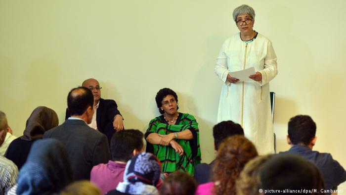 เปิดมัสยิดใหม่ในเยอรมัน ใช้สถานที่ในโบสถ์ อึ้ง! มีอิหม่ามเป็นผู้หญิง