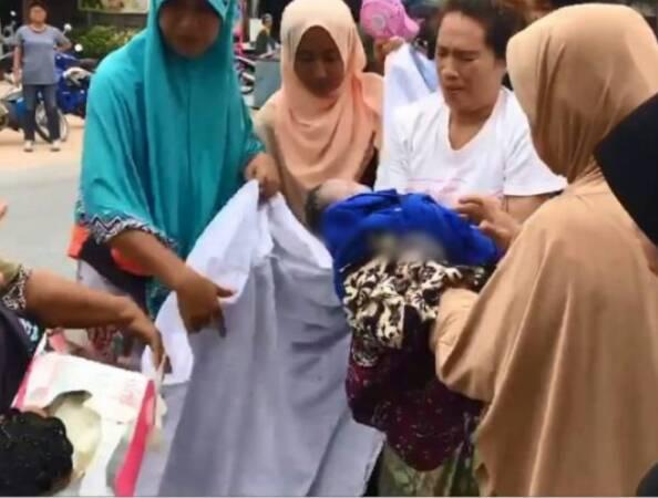 แห่ชื่นชม! ชาวระแงะช่วยทำคลอดหญิงมุสลิม ขณะเกิดอุบัติเหตุบนถนน