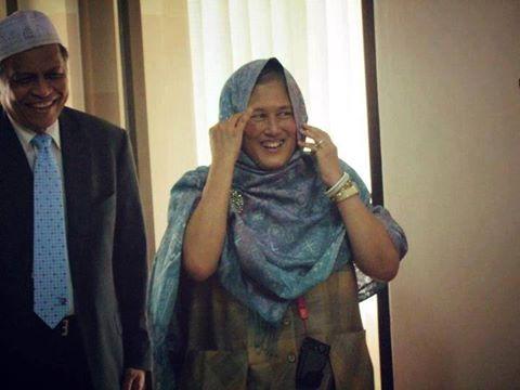 พระเมตตาของ 'สมเด็จพระเทพฯ' ต่อพสกนิกรมุสลิมสตรีที่คลุมฮิญาบ