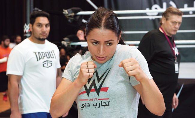 นักมวยปล้ำหญิงชาวอาหรับคนแรกเซ็นสัญญาเข้า WWE