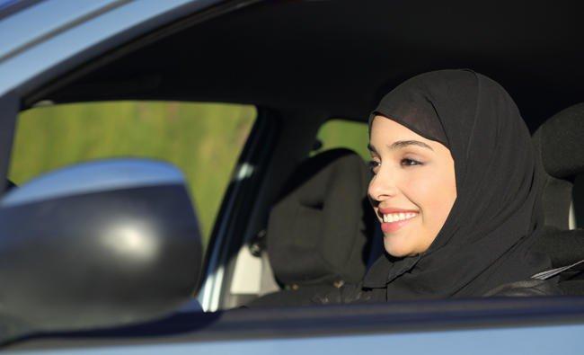 หญิงซาอุฯ ทุ่มเงินถึง 11.6 ล้านรียัล เพื่อรับขับขี่ในประเทศต่างๆ