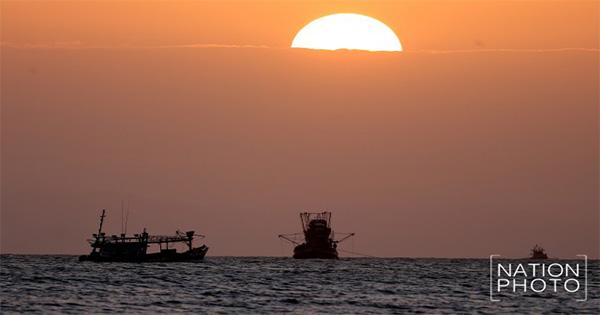 ปัตตานี อัญมณีแห่งปลายด้ามขวาน >>>> แหลมตาชี จุดชมพระอาทิตย์แสงแรก และแสงลับขอบฟ้า ณ แห่งเดียวของประเทศ