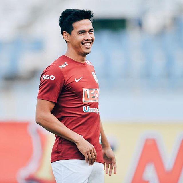 10 นักฟุตบอลไทย นับถือศาสนาอิสลาม ทั้งหล่อ-ฮอตไม่แพ้ดารา
