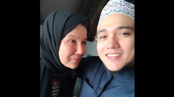 ดีเจมิกกี้ ชักนำคุณแม่ เข้ารับอิสลามในเดือนรอมฎอน (คลิปเสียง)