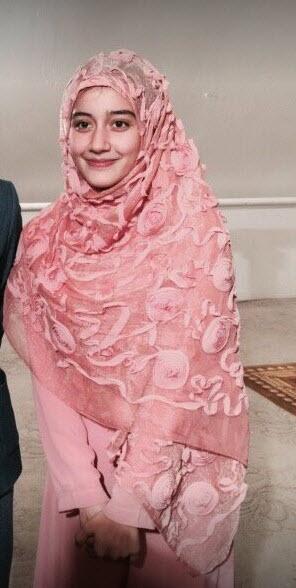 """15 ดาราสาวที่นับถือศาสนา """"อิสลาม"""" สวยคมมีใครบ้างมาดูกัน?"""
