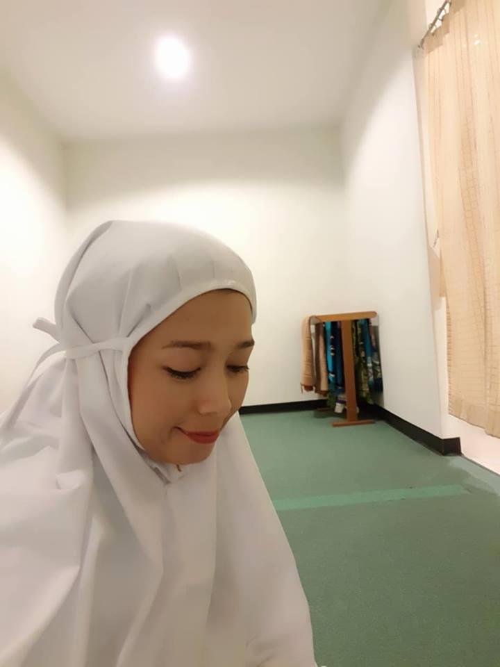 จำได้ไหม! อัสมา กฮาร วงเกิร์ลกรุ๊ปสุดฮอต T-Skirt มาในลุคมุสลิมสวมฮิญาบ